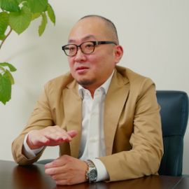 営業募集動画より抜粋の中嶋社長の写真